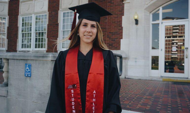 """Alessia Locati: """"Io e l'America, oltre la laurea c'è di più"""""""
